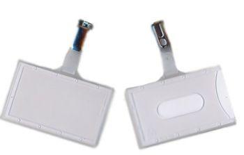 Spuitgiet badge mat wit, 65 x 90 mm